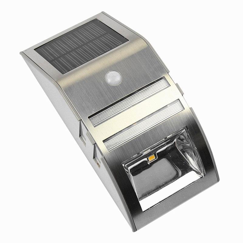 Lampada rilevatore movimento solare pir