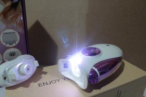epilatore-ricaricabile-wireless-donna-pedicure
